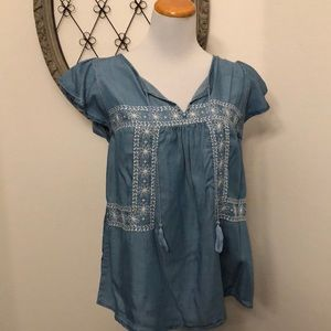 Old Navy light blue blouse size large NWT